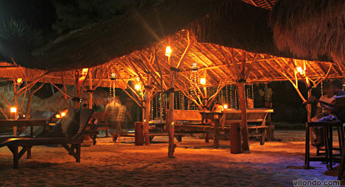 Gili Meno Hangout At Night