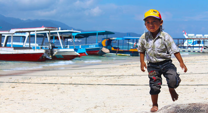 Gili Trawangan Kid On The Beach