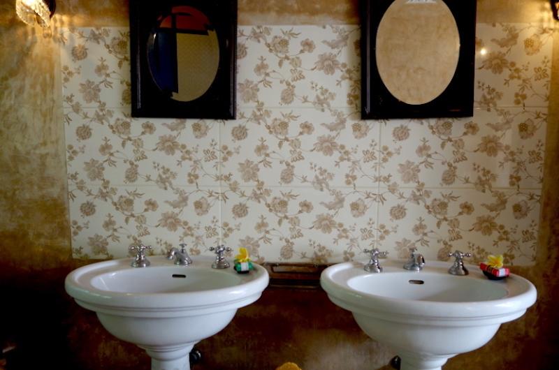 Bathroom - The Island Houses- Garden House - Seminyak, Bali