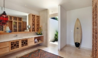 En-Suite Bathroom - 353 Degrees North - Nusa Lembongan, Bali