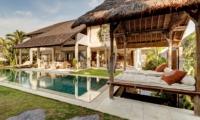 Pool Bale - Abaca Villas - Seminyak, Bali