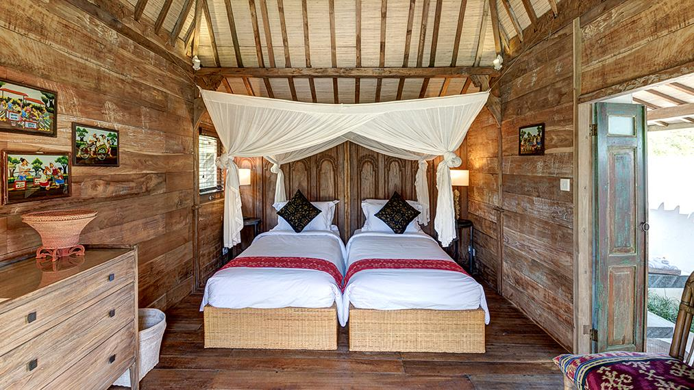 Bedroom with Seating Area - Abaca Villas - Seminyak, Bali