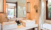 His and Hers Bathroom - Akara Villas 1 - Seminyak, Bali