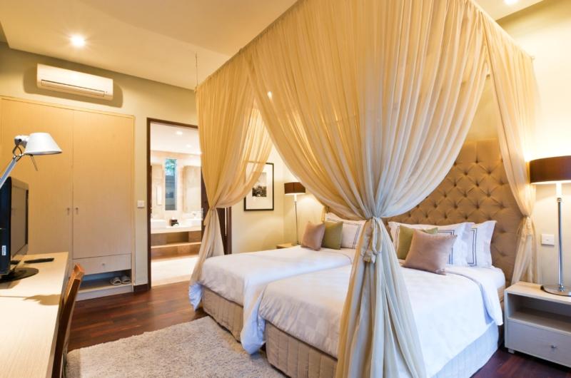 Bedroom with Twin Beds - Akara Villas 3 - Seminyak, Bali