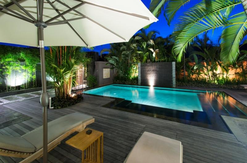 Sun Beds - Akara Villas M - Seminyak, Bali