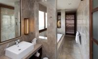 Bathroom with Mirror - Akara Villas M - Seminyak, Bali