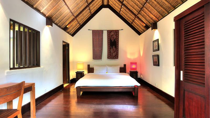 Bedroom with Wooden Floor - Alamanda Villa - Ubud, Bali