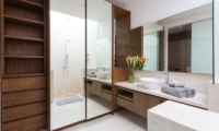 Bathroom with Mirror - Allure Villas - Seminyak, Bali
