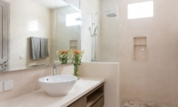 Bathroom with Shower - Allure Villas - Seminyak, Bali