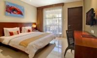 Bedroom with TV - Amadea Villas - Seminyak, Bali