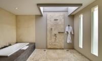 Bathroom with Bathtub - Amadea Villas - Seminyak, Bali