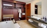 Bathroom with Bathtub and Mirror - Amadea Villas - Seminyak, Bali