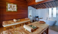 Spa Area with Bathtub - Amadea Villas - Seminyak, Bali