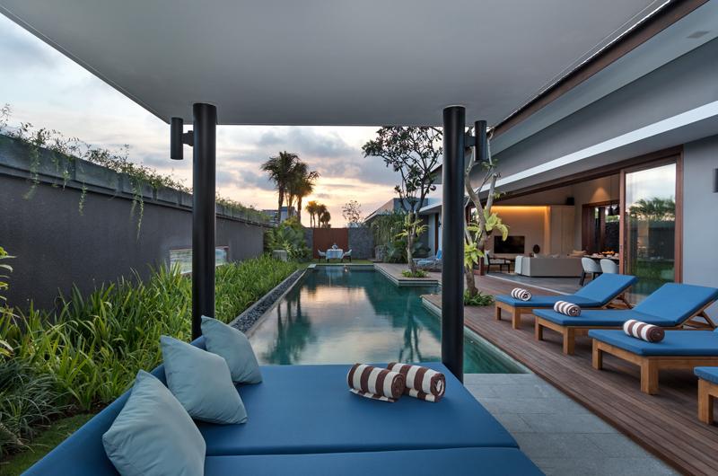 Pool Bale - Amarin Seminyak - Seminyak, Bali