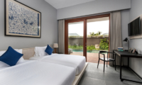 Twin Bedroom with Pool View - Amarin Seminyak - Seminyak, Bali