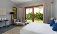 Bedroom with Garden View - Amarin Seminyak - Seminyak, Bali