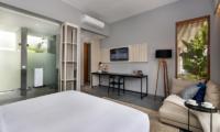 Bedroom with TV - Amarin Seminyak - Seminyak, Bali