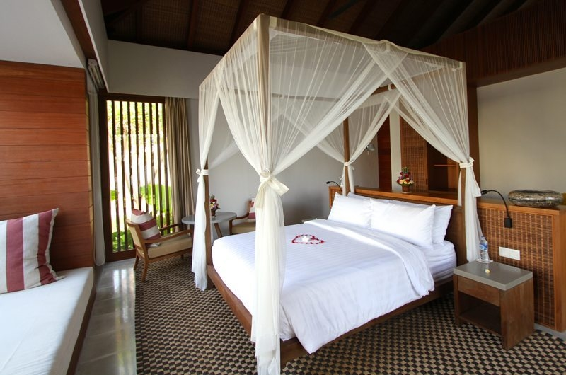 Bedroom with Sofa - Ambalama Villa - Seseh, Bali