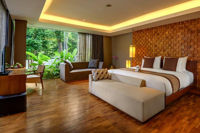 Bedroom with Wooden Floor - Anantara Uluwatu Resort - Uluwatu, Bali