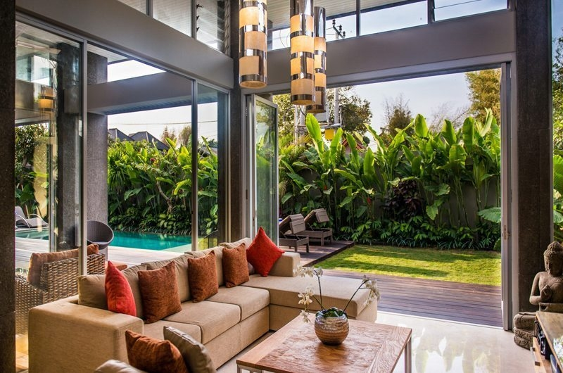 Living Area with Garden View - Aramanis Villas - Seminyak, Bali