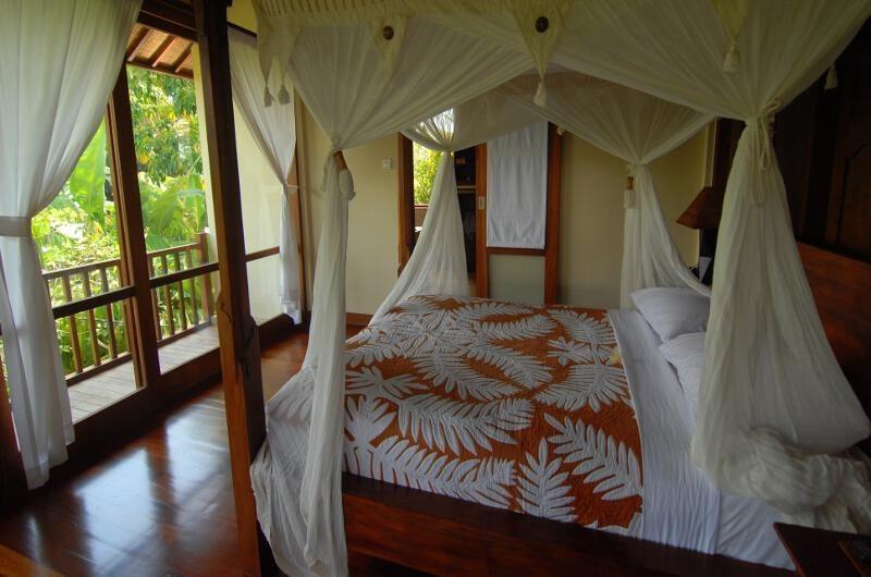 Four Poster Bed - Atas Awan Villa - Ubud, Bali