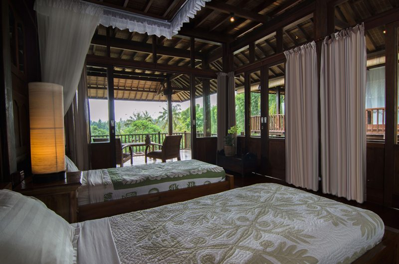 Twin Bedroom and Balcony - Atas Awan Villa - Ubud, Bali