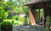 Entrance - Atas Awan Villa - Ubud, Bali