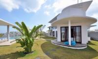 Lawns - Villa Balangan Sunset - Uluwatu, Bali