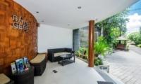 Reception Area - Bale Gede Villas - Batubelig, Bali