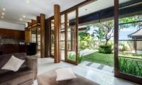 Living Area with Garden View - Bale Gede Villas - Batubelig, Bali