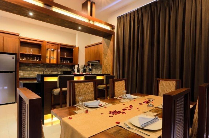 Kitchen and Dining Area - Bale Gede Villas - Batubelig, Bali