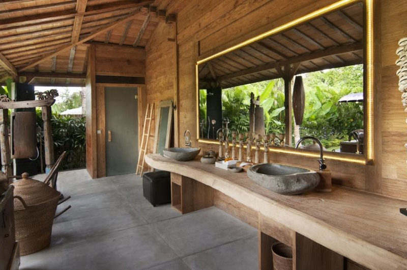 His and Hers Bathroom - Bali Ethnic Villa - Umalas, Bali