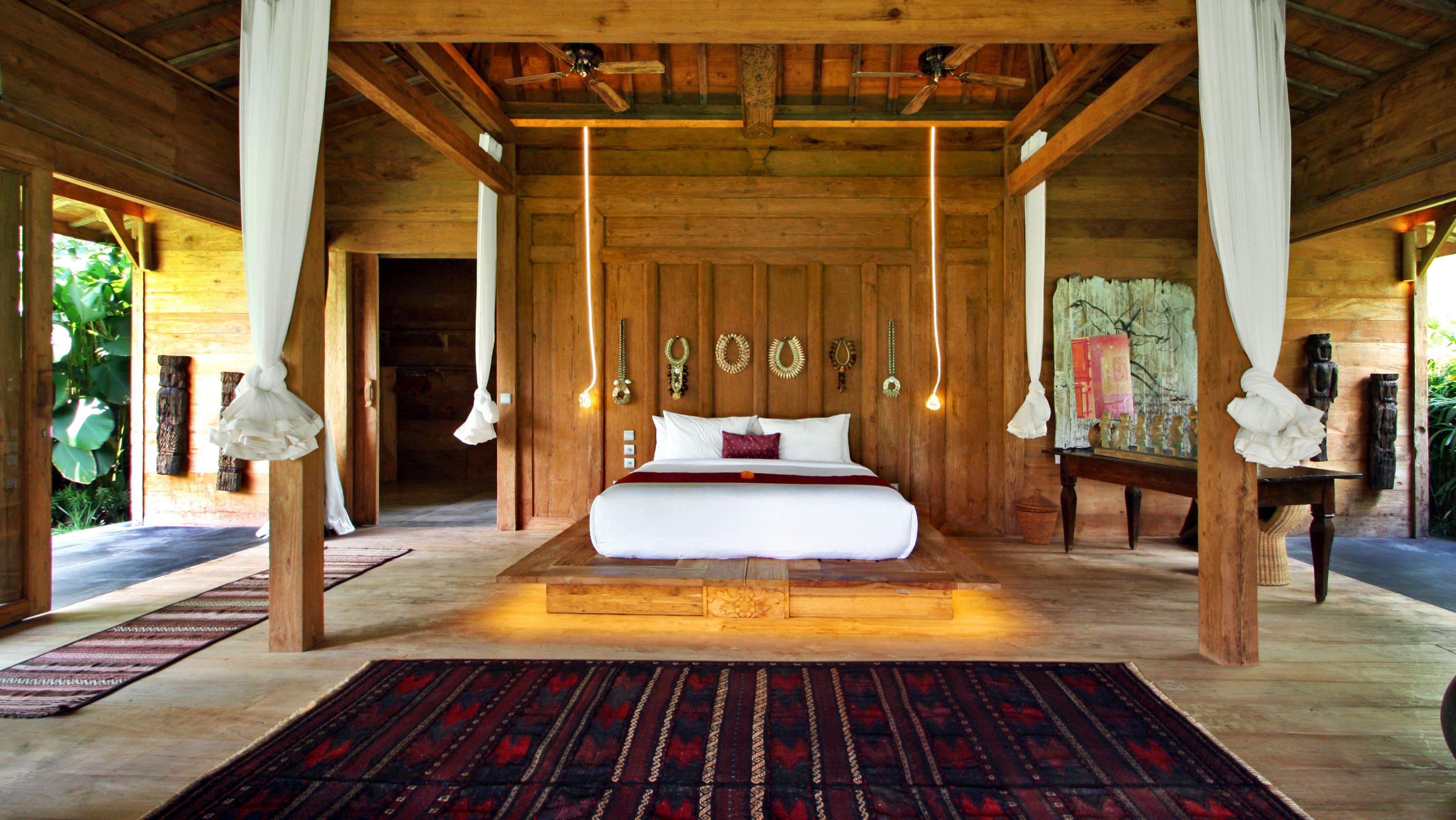 Spacious Bedroom with View - Bali Ethnic Villa - Umalas, Bali