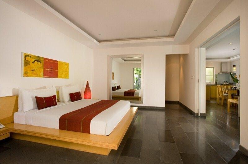 King Size Bed - Bali Island Villas - Seminyak, Bali