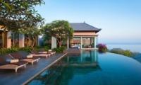 Pool Side - Banyan Tree Ungasan - Ungasan, Bali