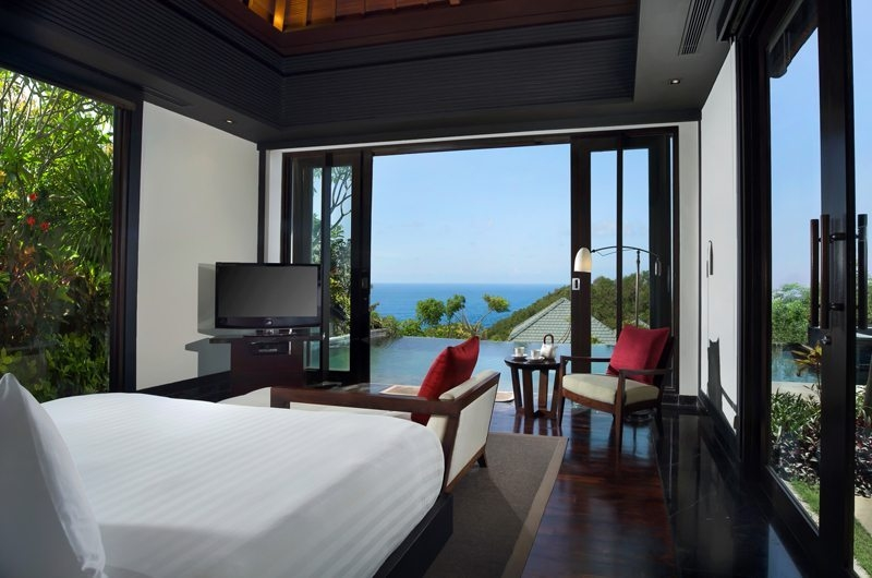 Bedroom with TV - Banyan Tree Ungasan - Ungasan, Bali