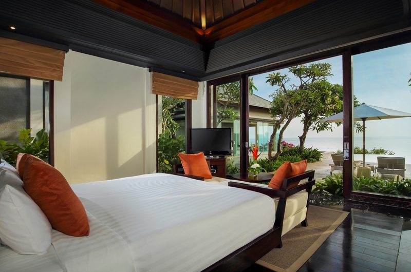 Bedroom with Seating Area - Banyan Tree Ungasan - Ungasan, Bali