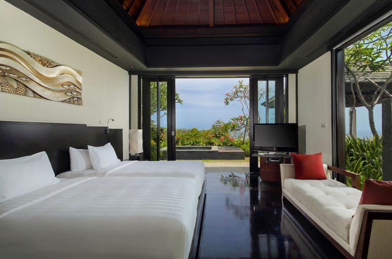 Twin Bedroom with Seating Area - Banyan Tree Ungasan - Ungasan, Bali