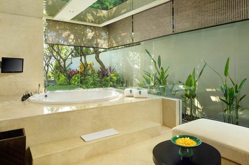 En-Suite Bathroom - Banyan Tree Ungasan - Ungasan, Bali