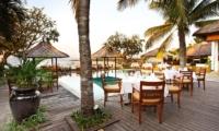 Pool Side Dining - Batu Karang Lembongan Resort - Nusa Lembongan, Bali