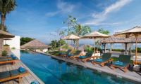Reclining Sun Loungers - Batu Karang Lembongan Resort - Nusa Lembongan, Bali