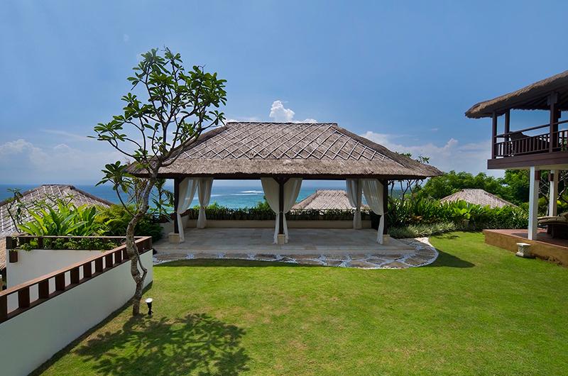 Gardens - Batu Karang Lembongan Resort - Nusa Lembongan, Bali