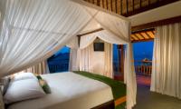 Bedroom and Balcony - Batu Karang Lembongan Resort - Nusa Lembongan, Bali
