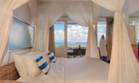 Bedroom with Sea View - Beach Club Villa Bali - Canggu, Bali