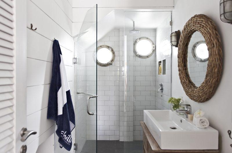 Bathroom with Shower - Beach Club Villa Bali - Canggu, Bali