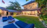 Sun Loungers - Beach Club Villa Bali - Canggu, Bali