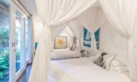 Twin Bedroom - Beach Club Villa Bali - Canggu, Bali