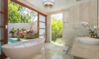 Romantic Bathtub Set Up - Beautiful Bali Villas - Seminyak, Bali