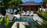 Pool Side – Bersantai Villas Villa Ganesha – Nusa Lembongan, Bali
