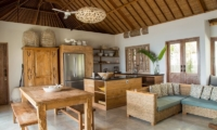 Living, Kitchen and Dining Area – Bersantai Villas Villa Ganesha – Nusa Lembongan, Bali